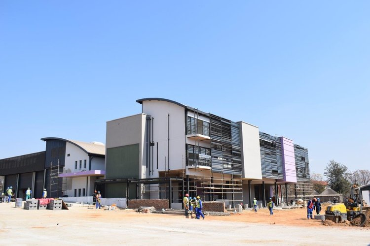 Commercial & Industrial Buildings